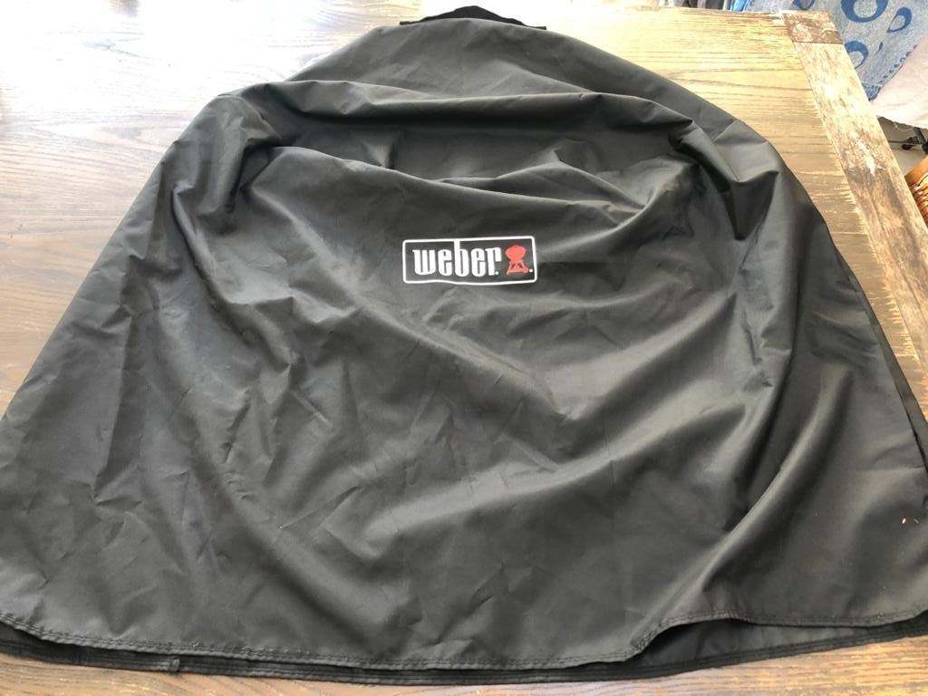 Weber - Premium Cover Black - Fit 57cm Charcoal Grill-protect your Weber from the elements!