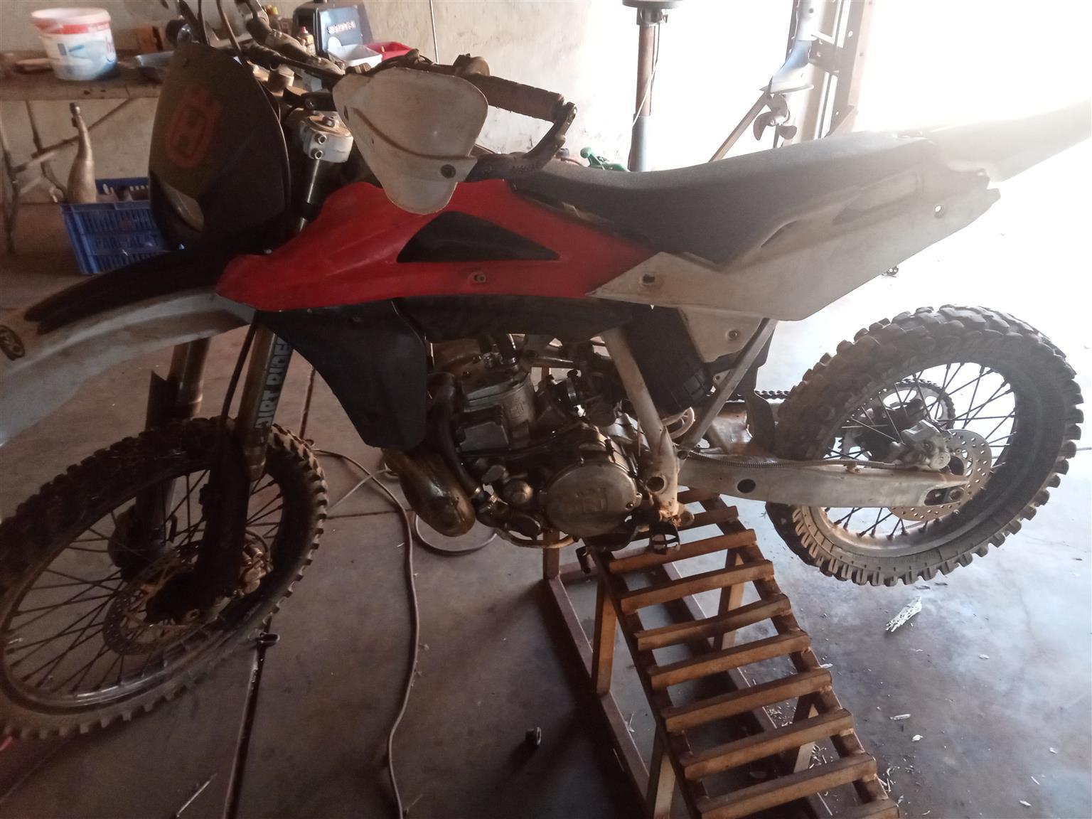 husqvarna WR 250cc