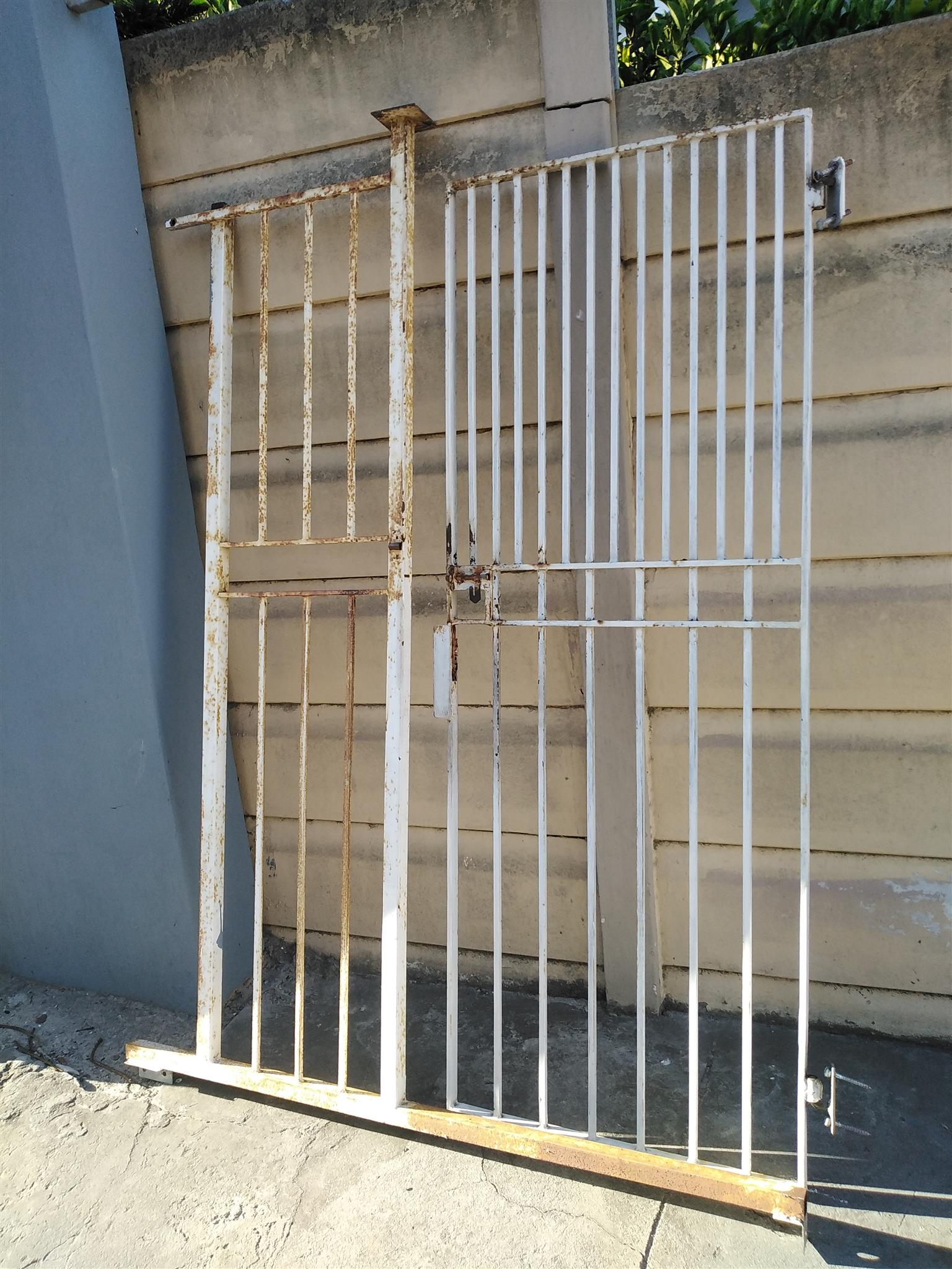 Second hand metal gate in frame