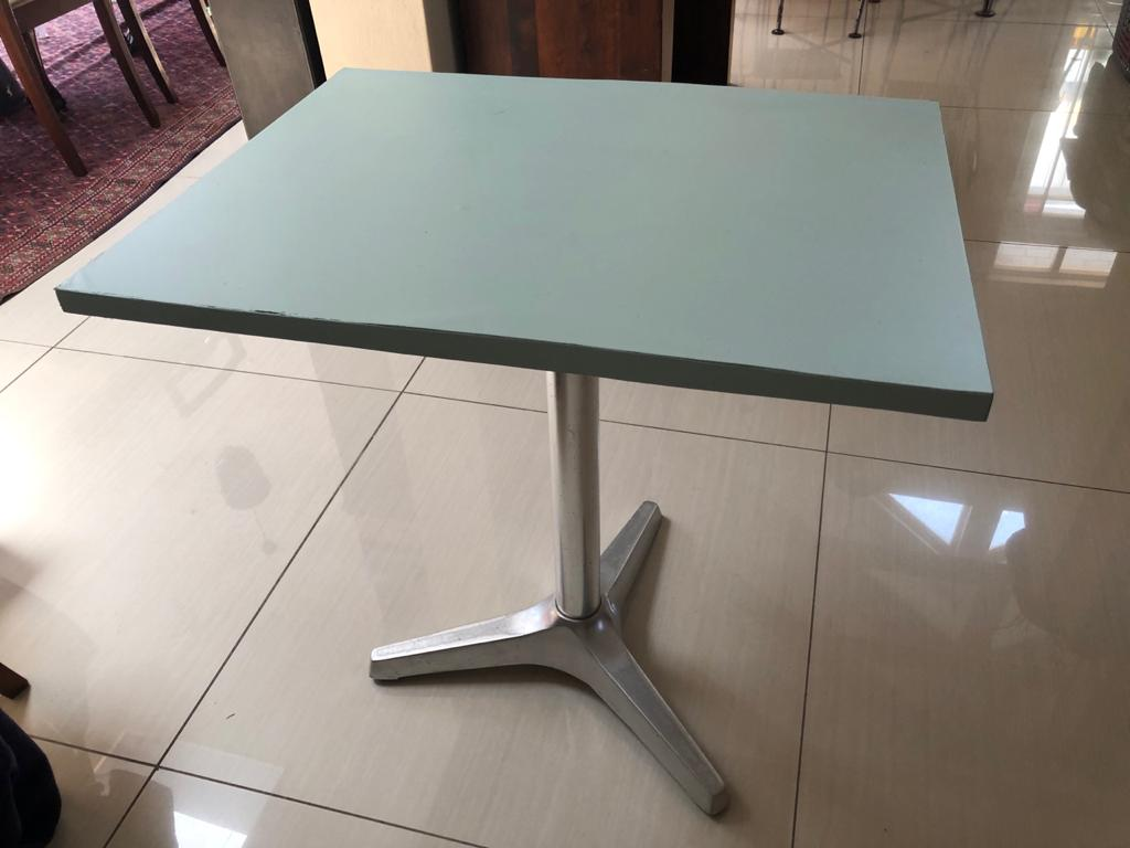 Patio table with alumnium base stand