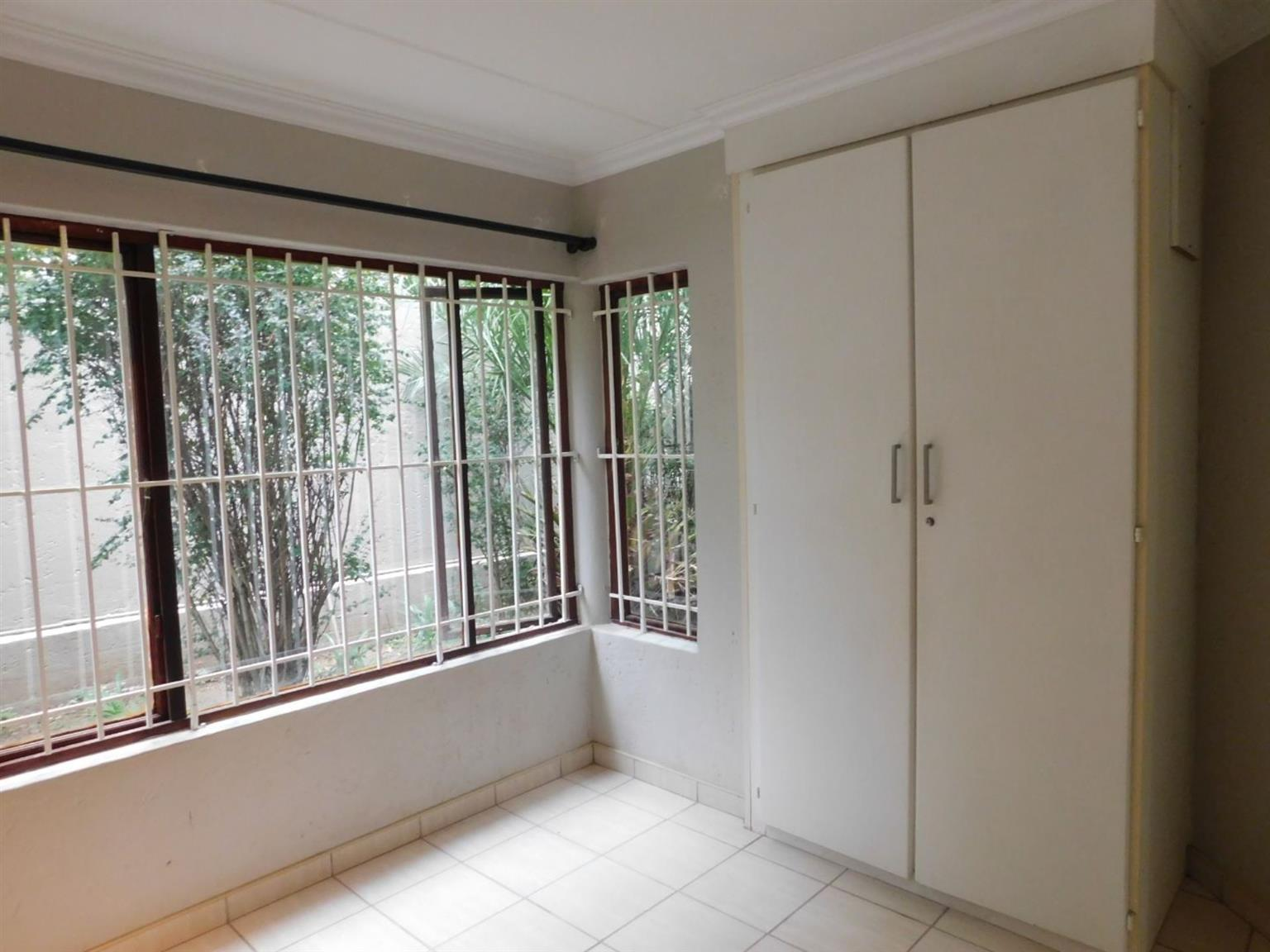 Apartment Rental Monthly in ELTONHILL