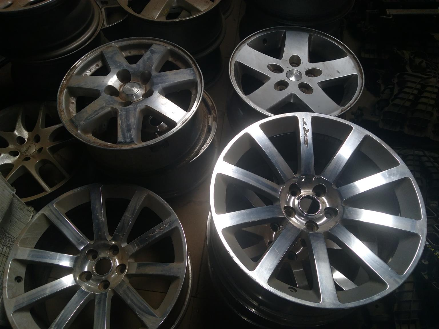 Jeep, Dodge and Chrysler Rims available.