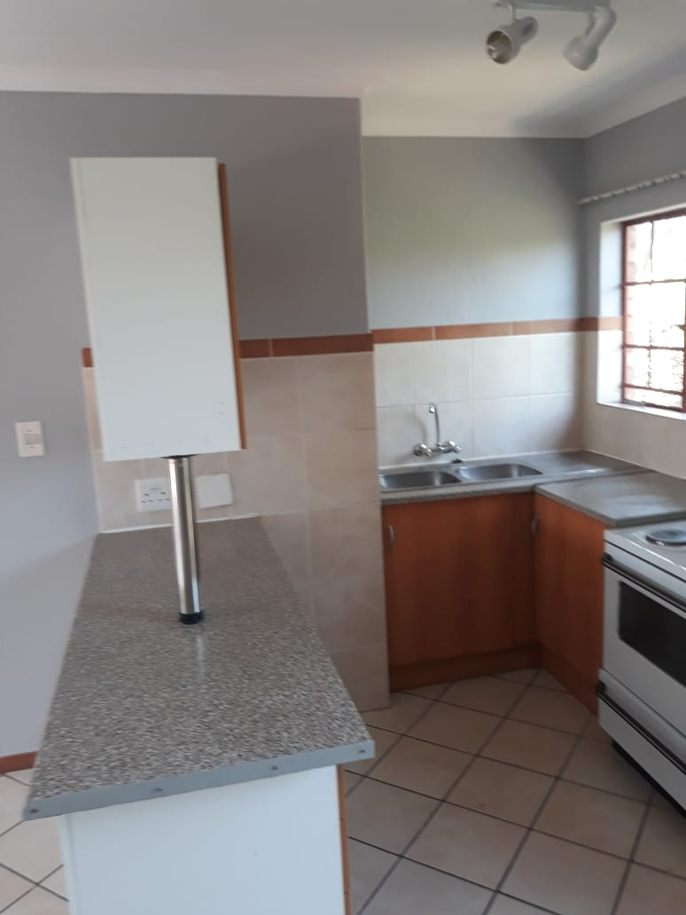 2 Bedroom apartment to Rent Moregloed