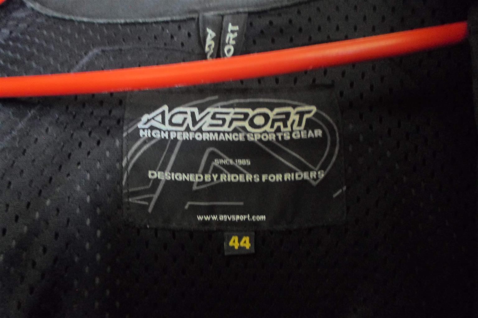 Size 44 Suzuki Leather Motorcycle Jacket