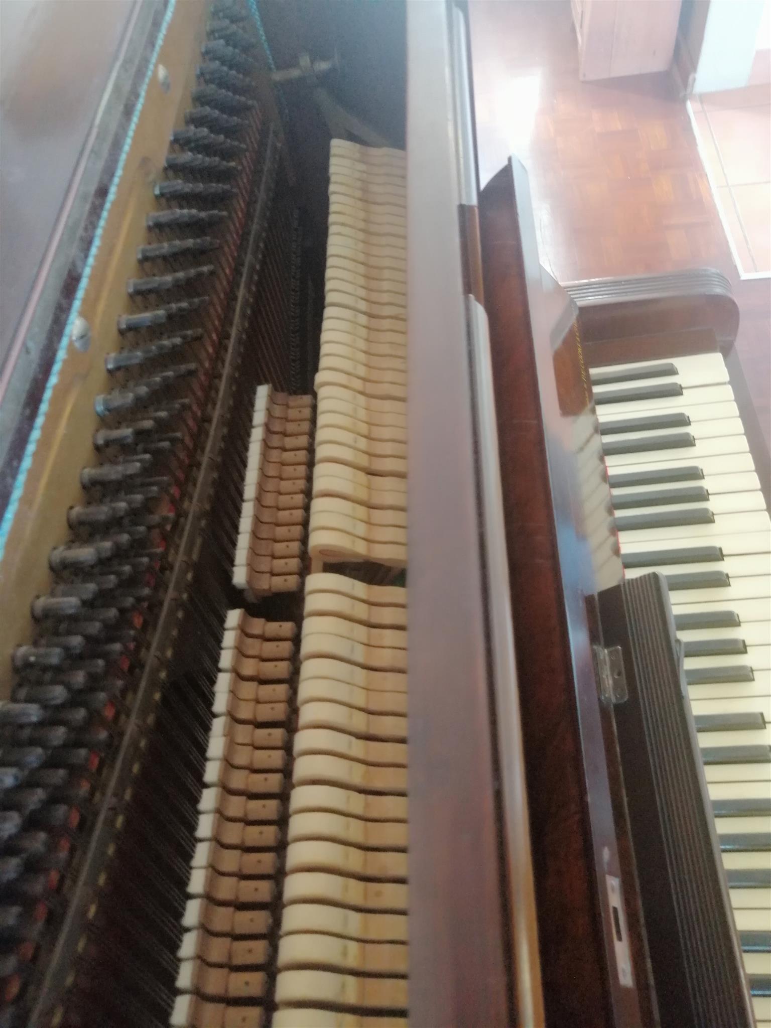 Hoffmann&Co Leipzig upright piano