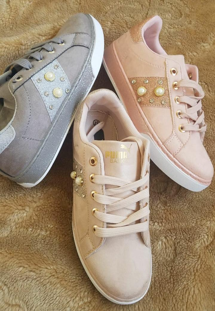 AAA quality handbags .watches and sneakers on offer