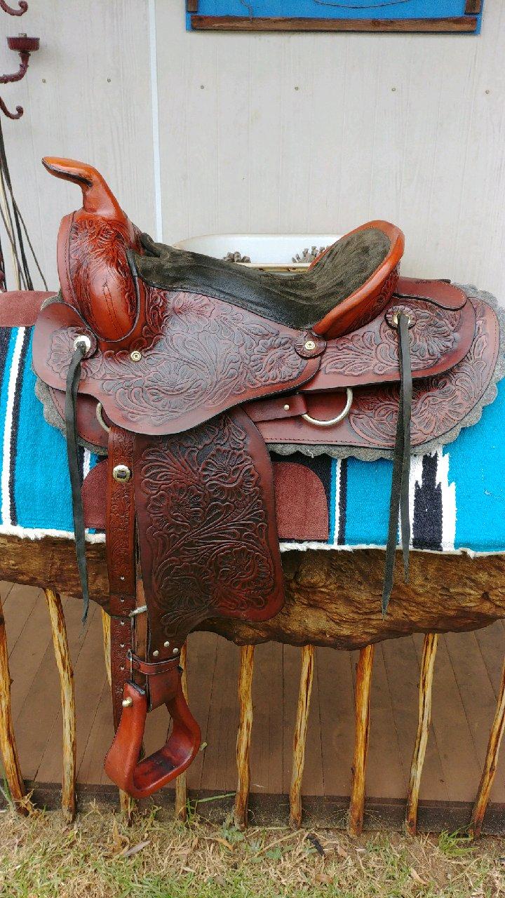 Western saddles for sale | Junk Mail