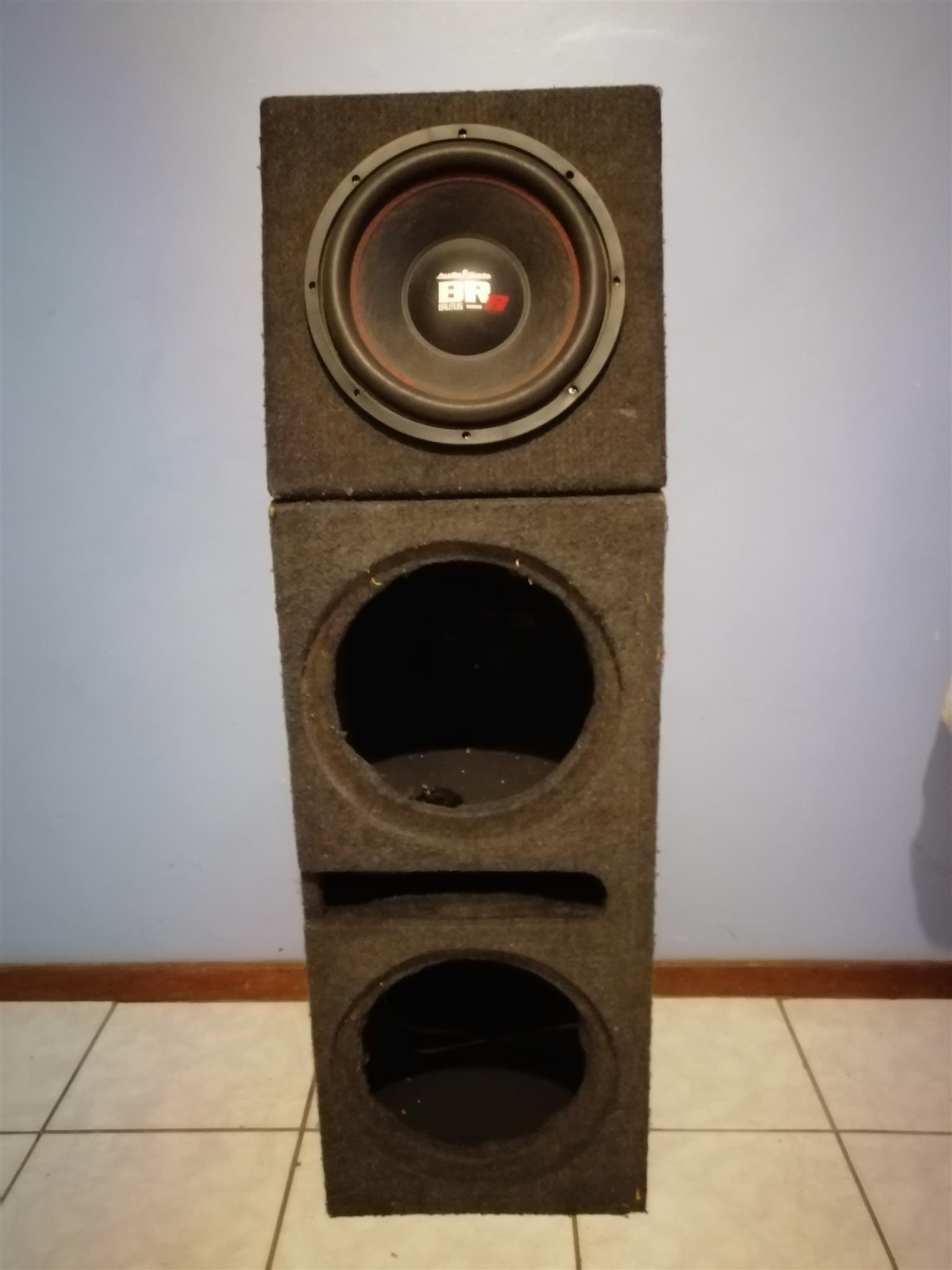 SUB WOOFER AND BOX