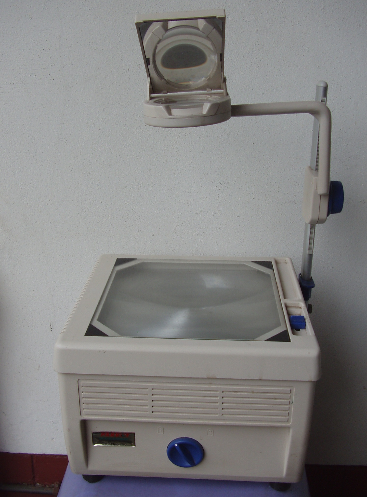 Parrot Overhead Projector Uno 250 - as new