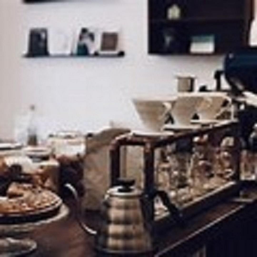 Beautiful coffeeshop, deli , butchery for sale