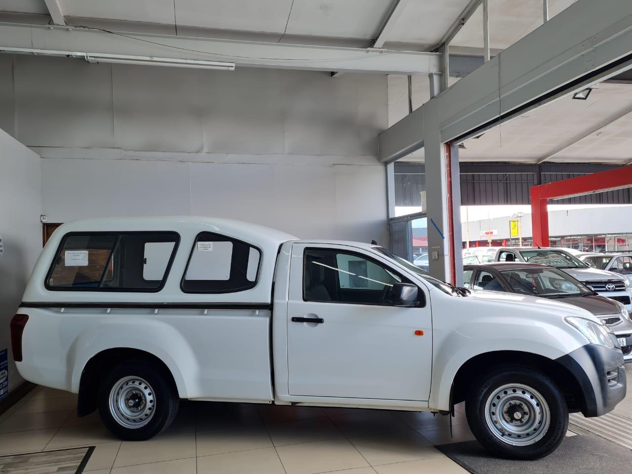 2015 ISUZU KB250 S/CAB