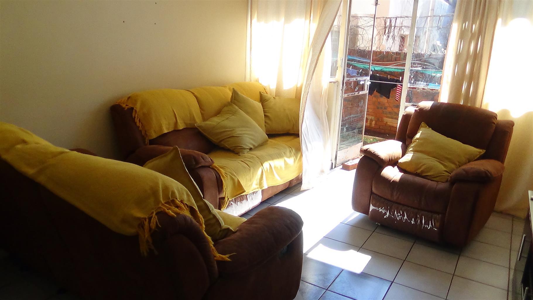 2 Bedroom Ground Floor Flat – Pretoria North – R560 000