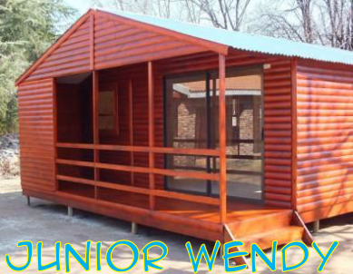 Wendy Houses Louvre, Knotty Pine & Log