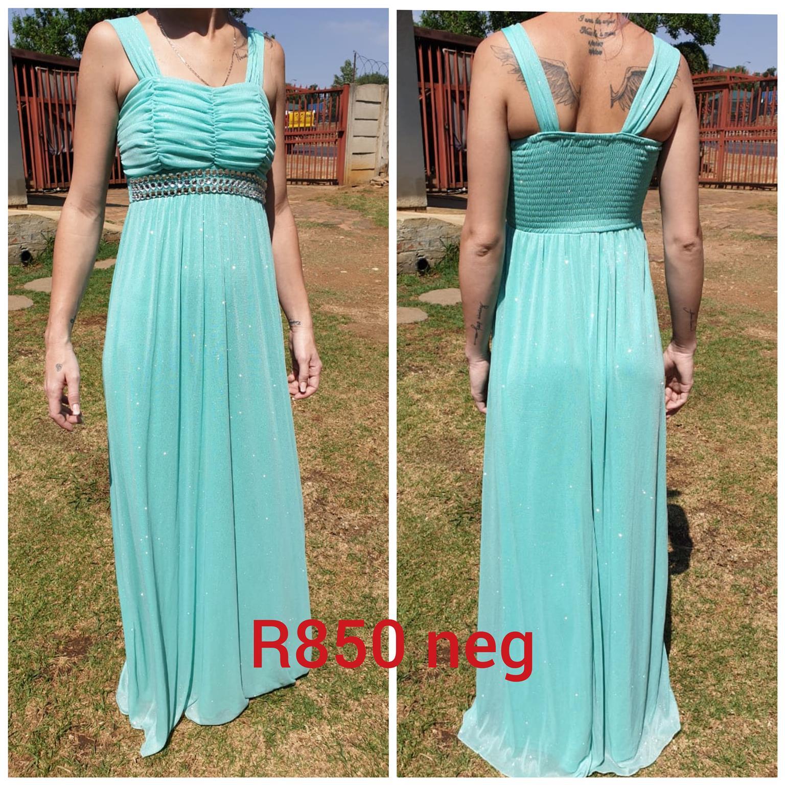 Second hand dresses