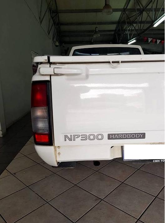 2018 Nissan NP300 Hardbody 2.0 (aircon)