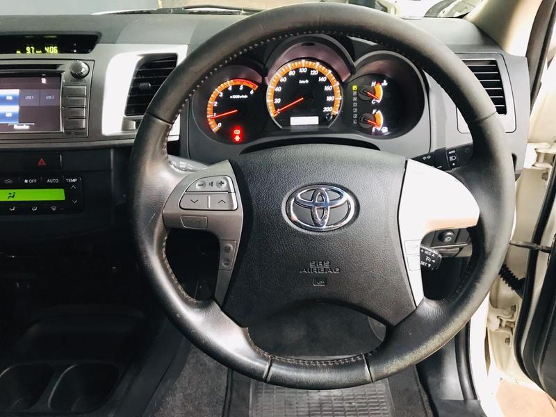 2015 Toyota Hilux 3.0D 4D double cab Raider Dakar edition auto