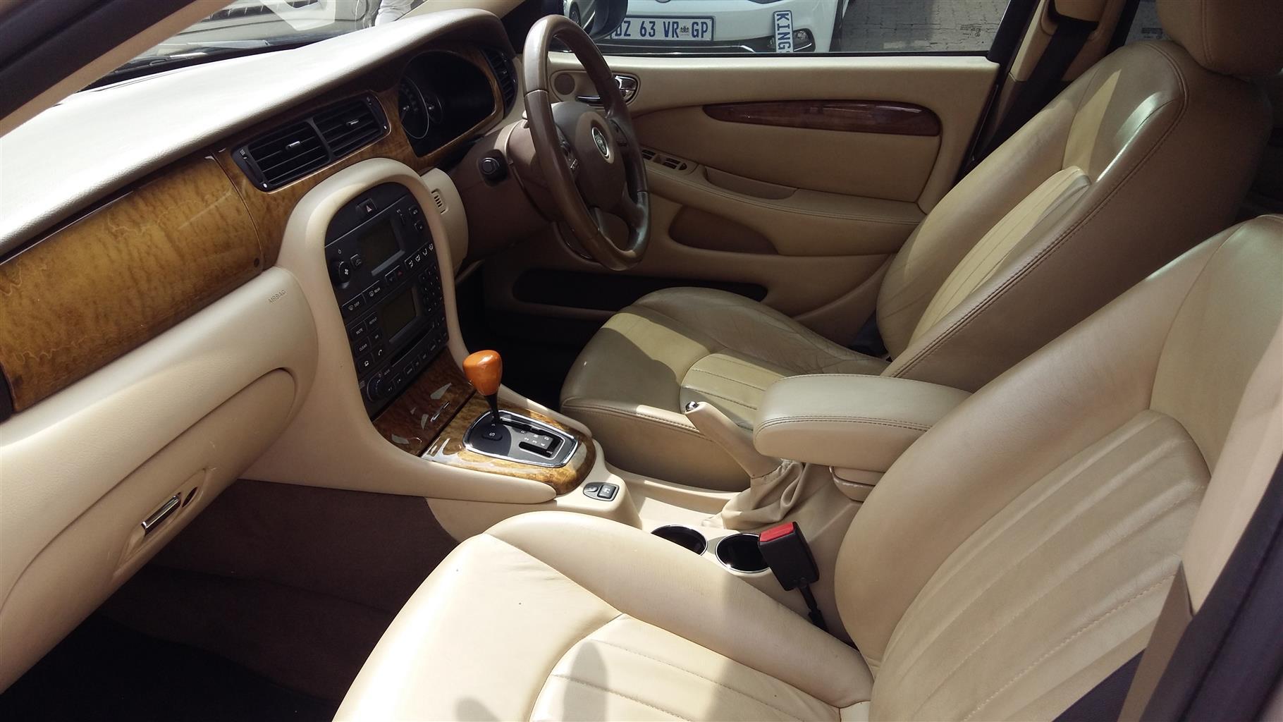 2005 Jaguar XJ6L