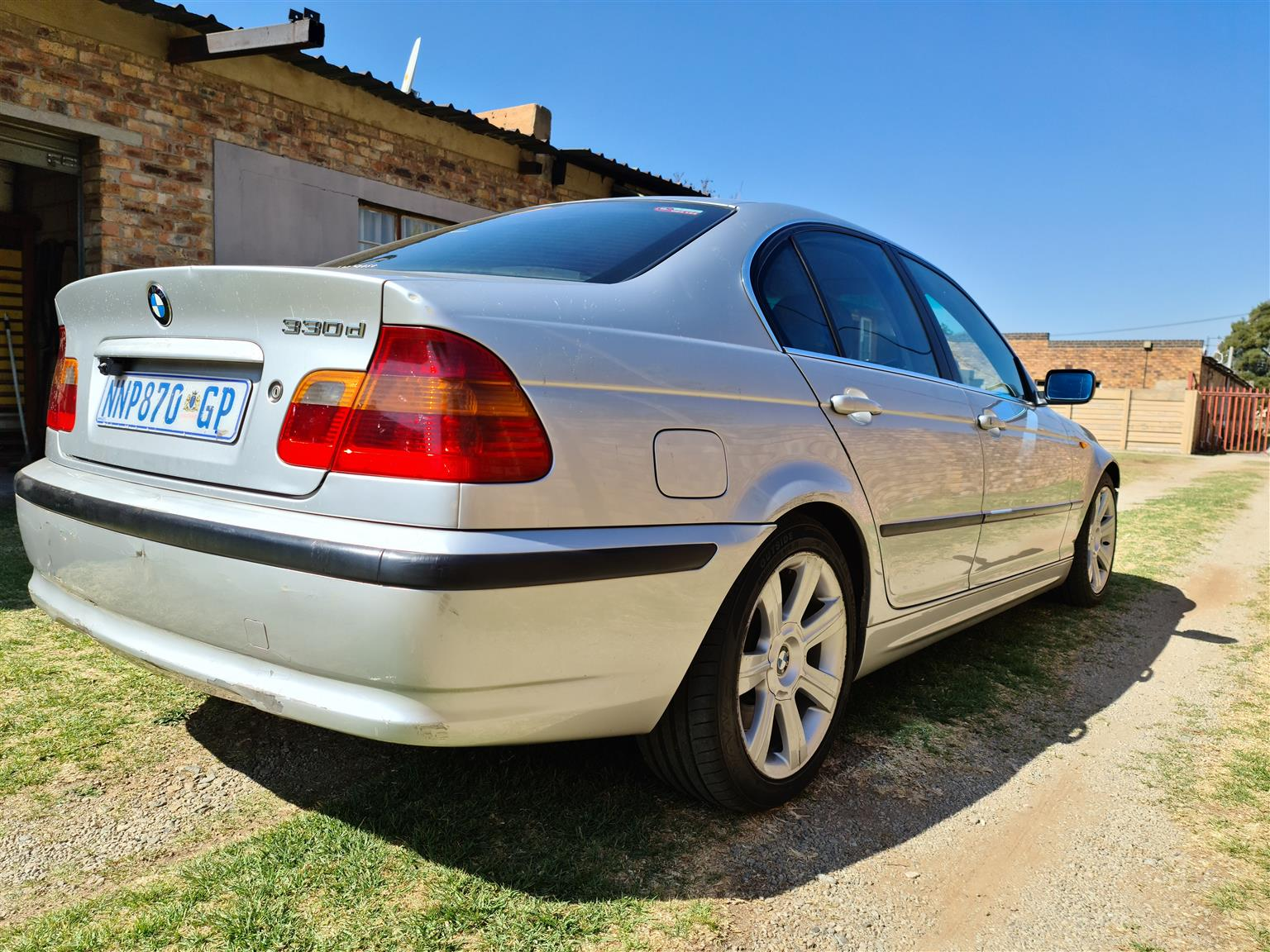 2002 BMW 3 Series sedan 330d M SPORT LAUNCH EDITION A/T (G20)