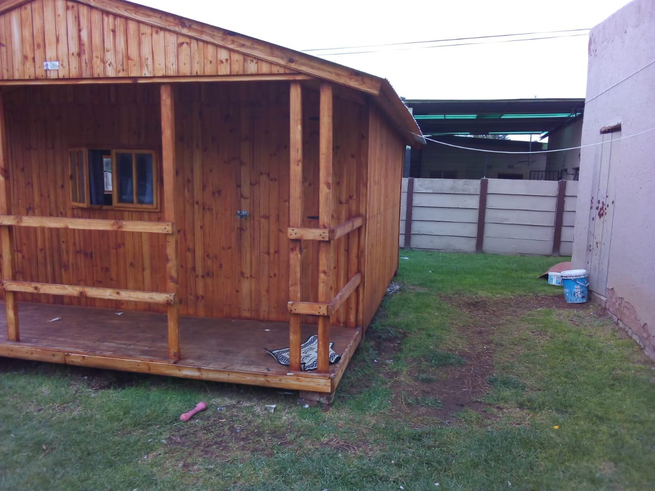 3X5 Wendy house with deck for sale 5 months old