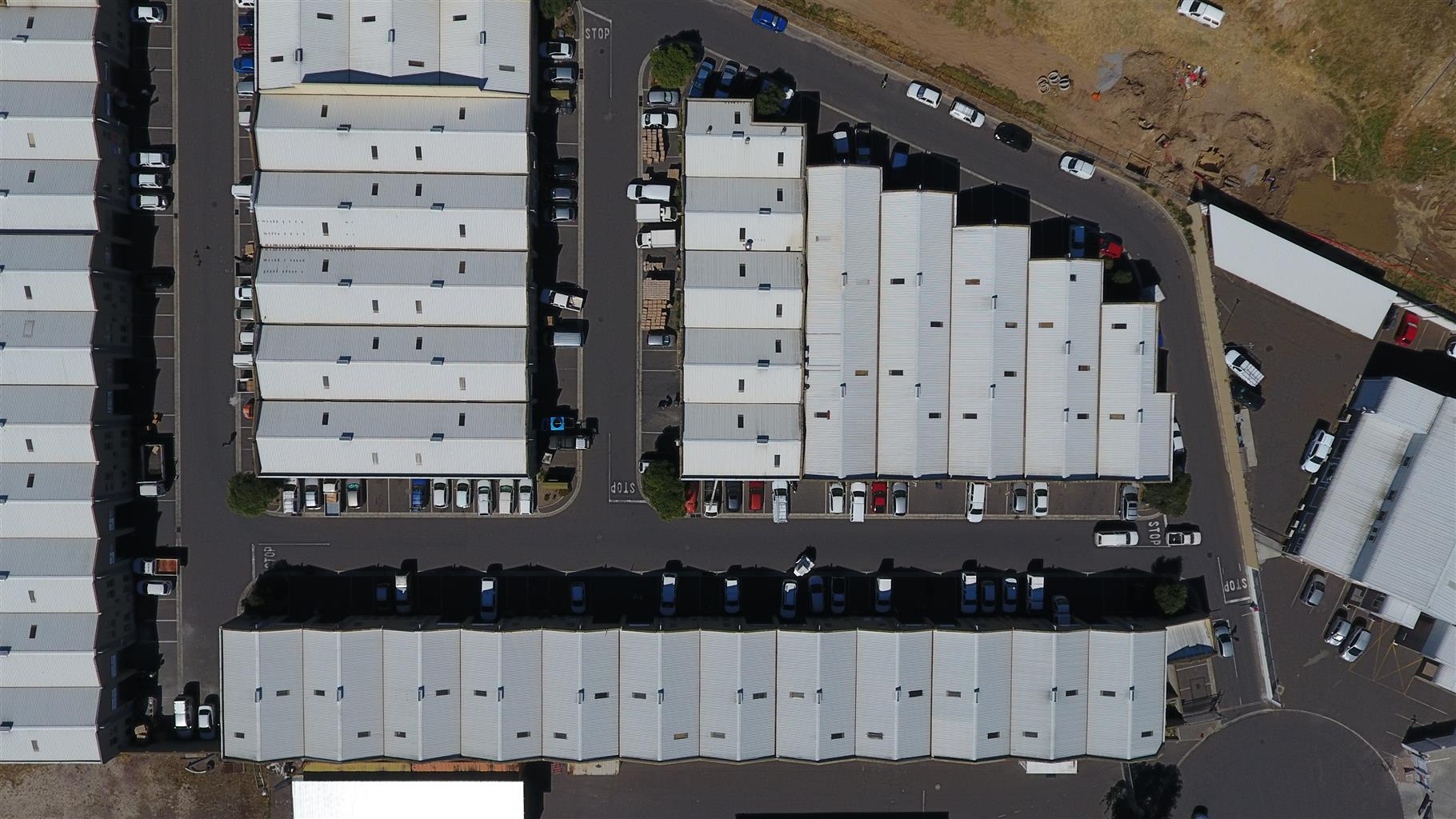 Roof inspections by drone – CAA-certified, legally compliant, safe and insured