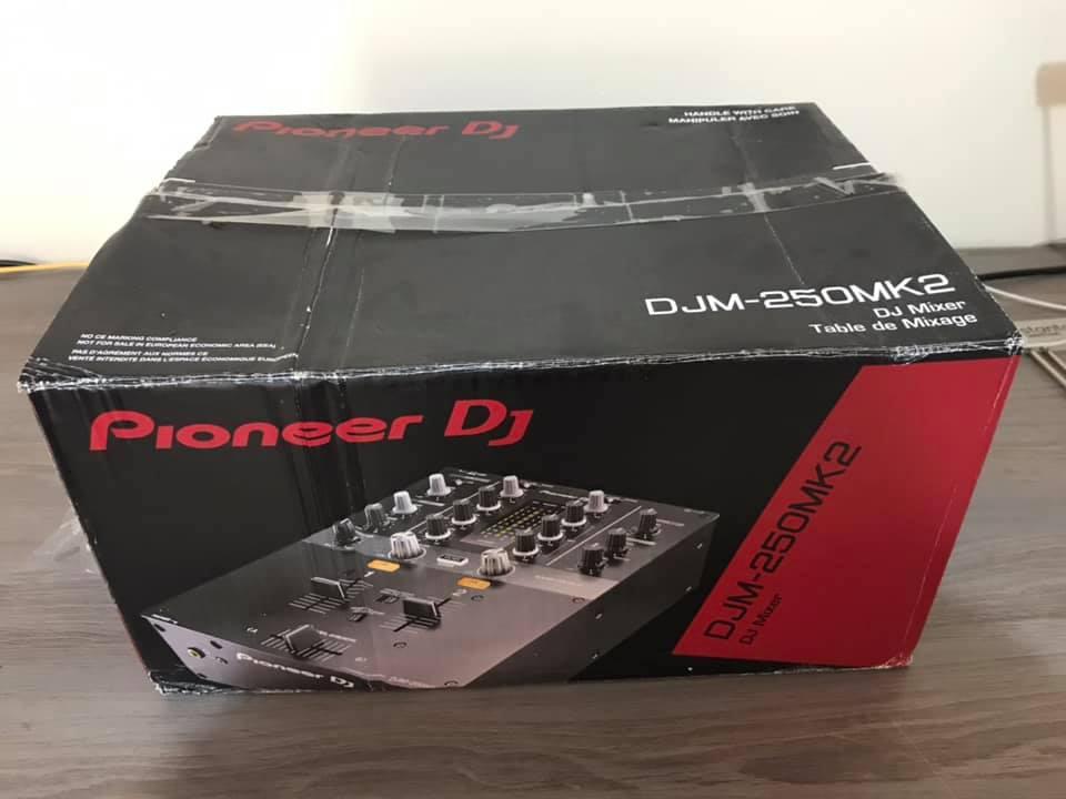 New DJM-250MK2 2-channel mixer (black)