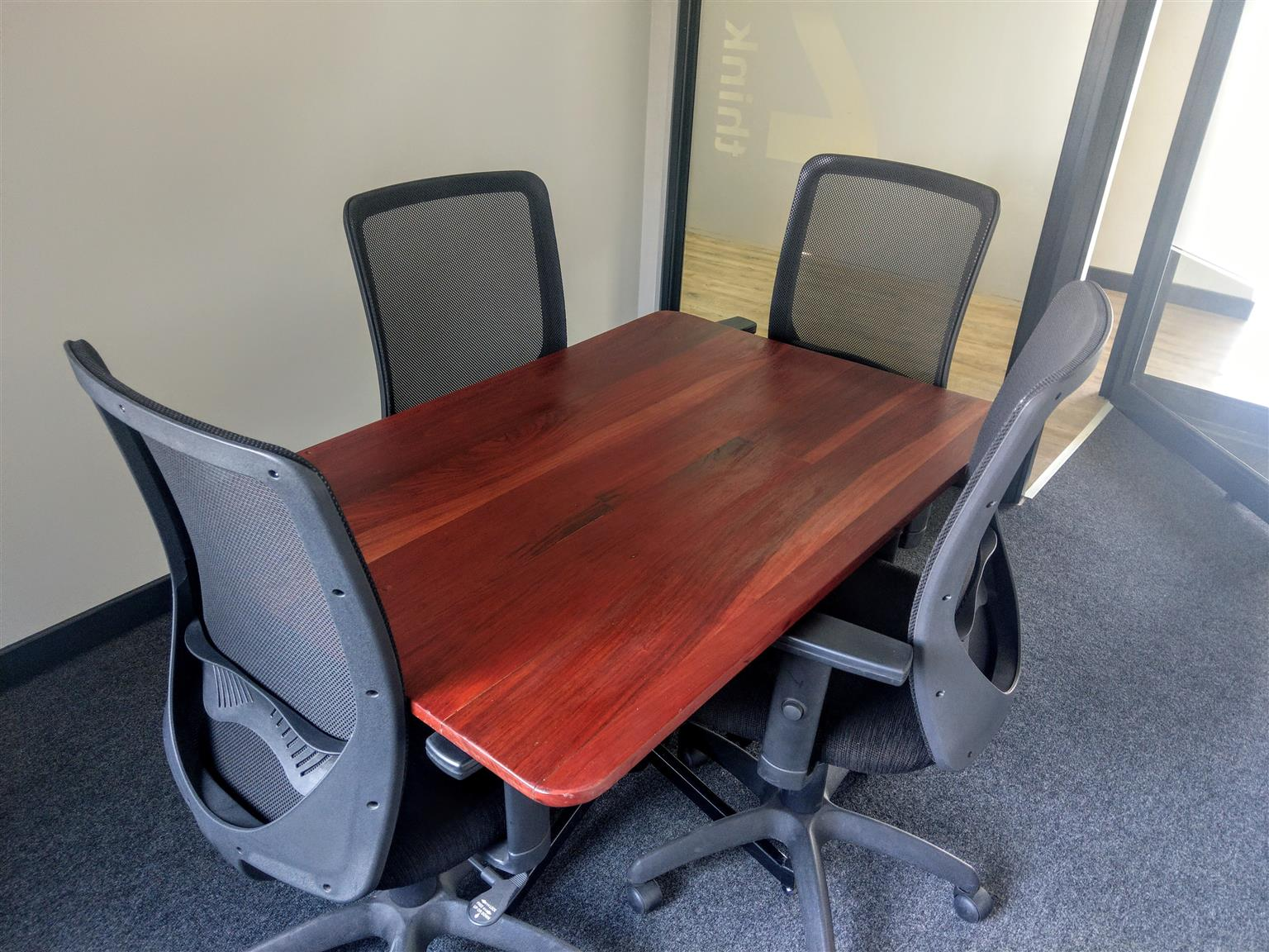 Office to Rent in Polokwane - Fully Serviced and Furnished (Internet, Telephone, reception and more)