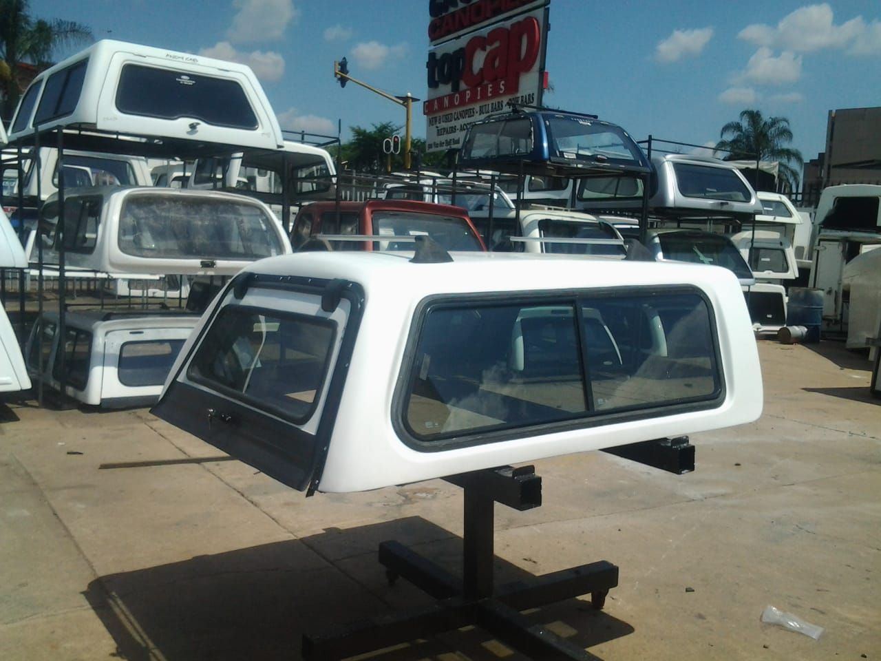 2007 Bucco Ford Bantam Low - Liner Canopy for sale !!!