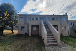 Buccleuch 1bedroomed townhouse to rent for R4200