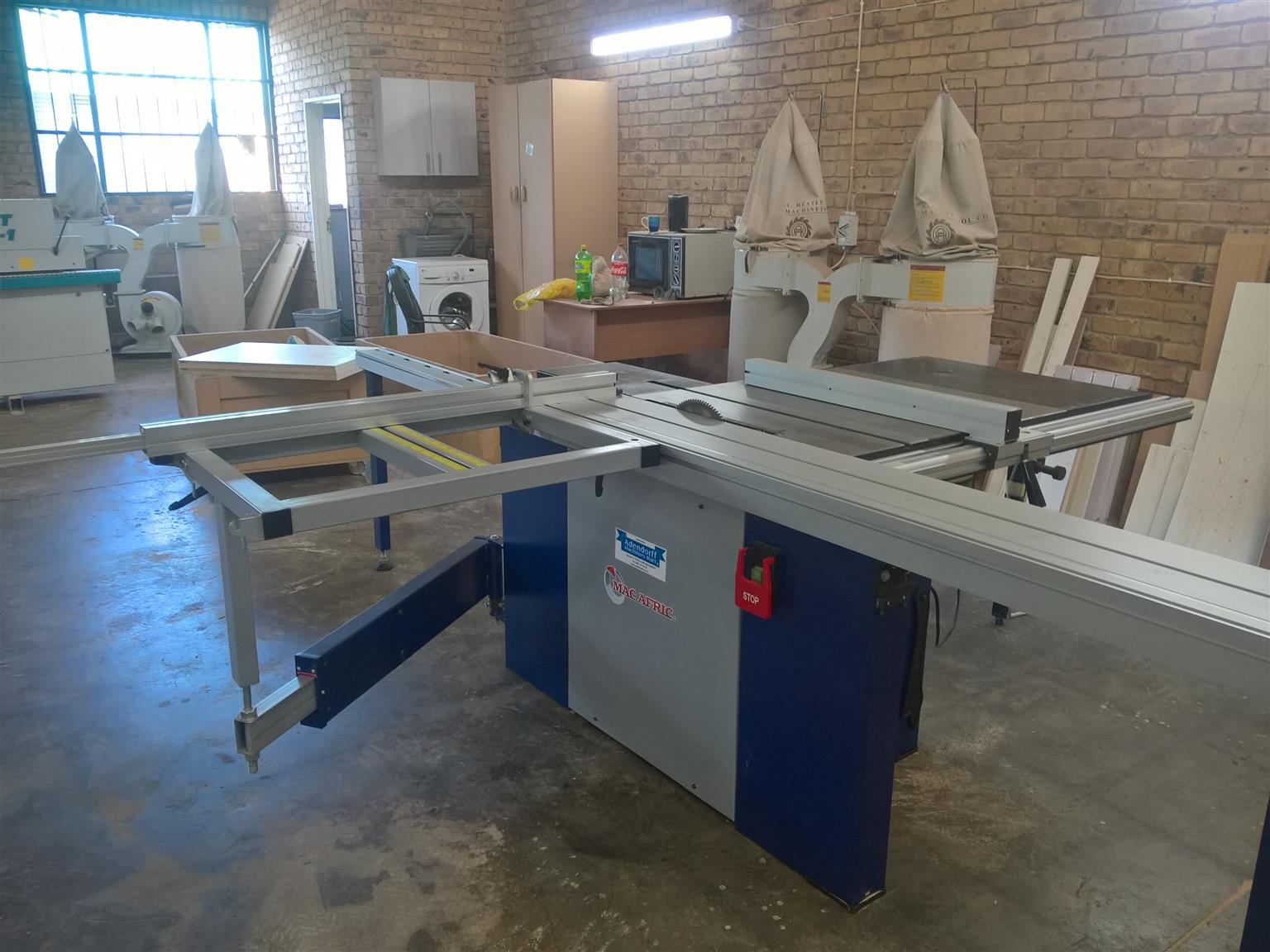 Panel Saw For Sale >> Panel Saw For Sale Macafric Model Mj12 3200 In Pristine Condition Junk Mail