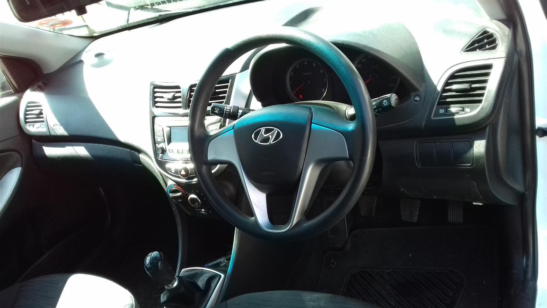 2015 Hyundai Accent sedan 1.6 Motion