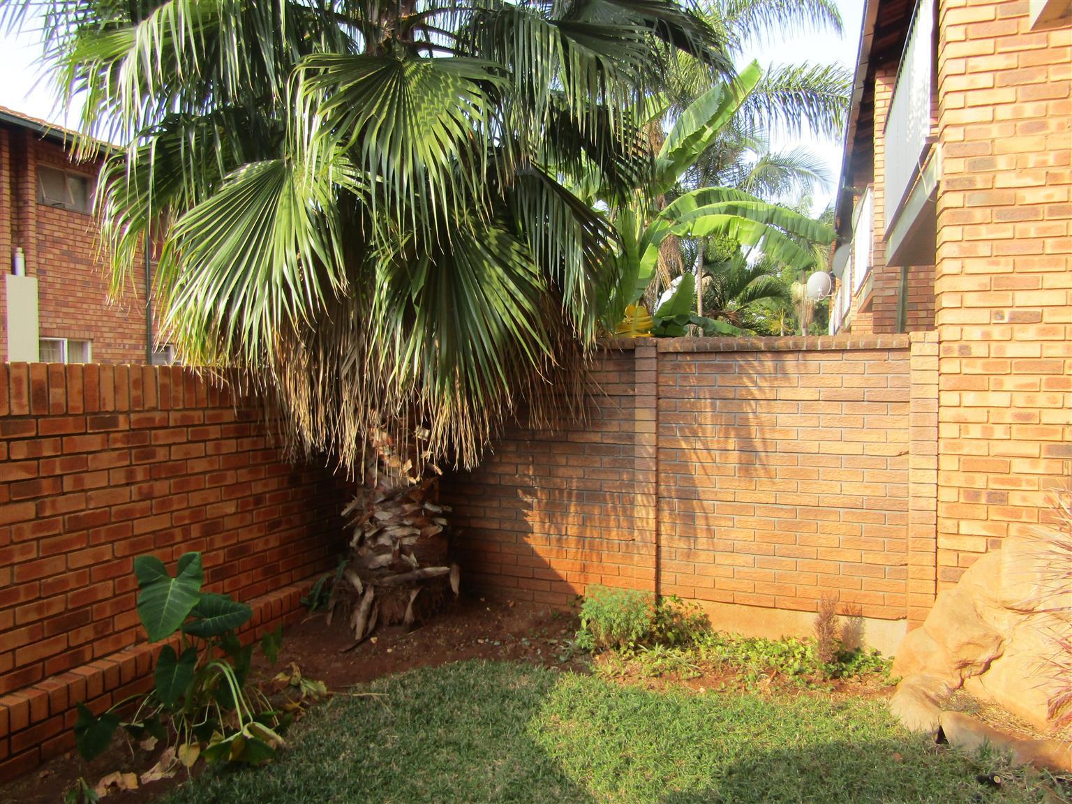 Super Spacious Duplex in small complex at Pretoria North