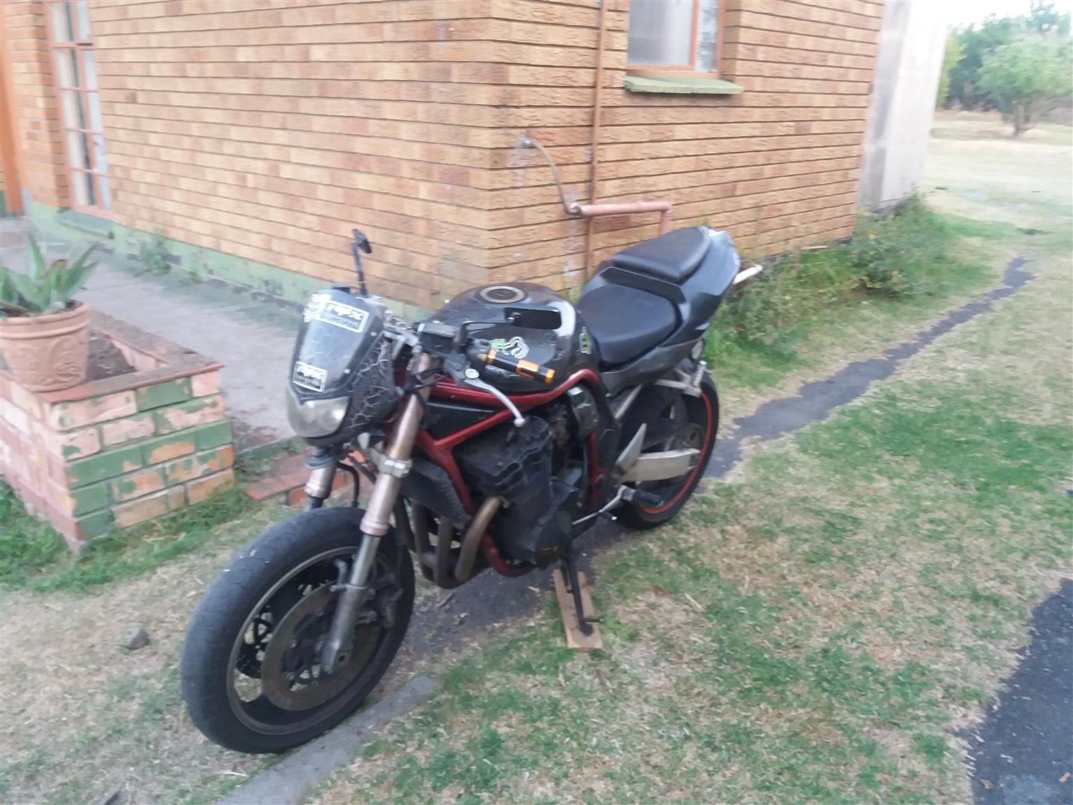 1998 Suzuki Bandit