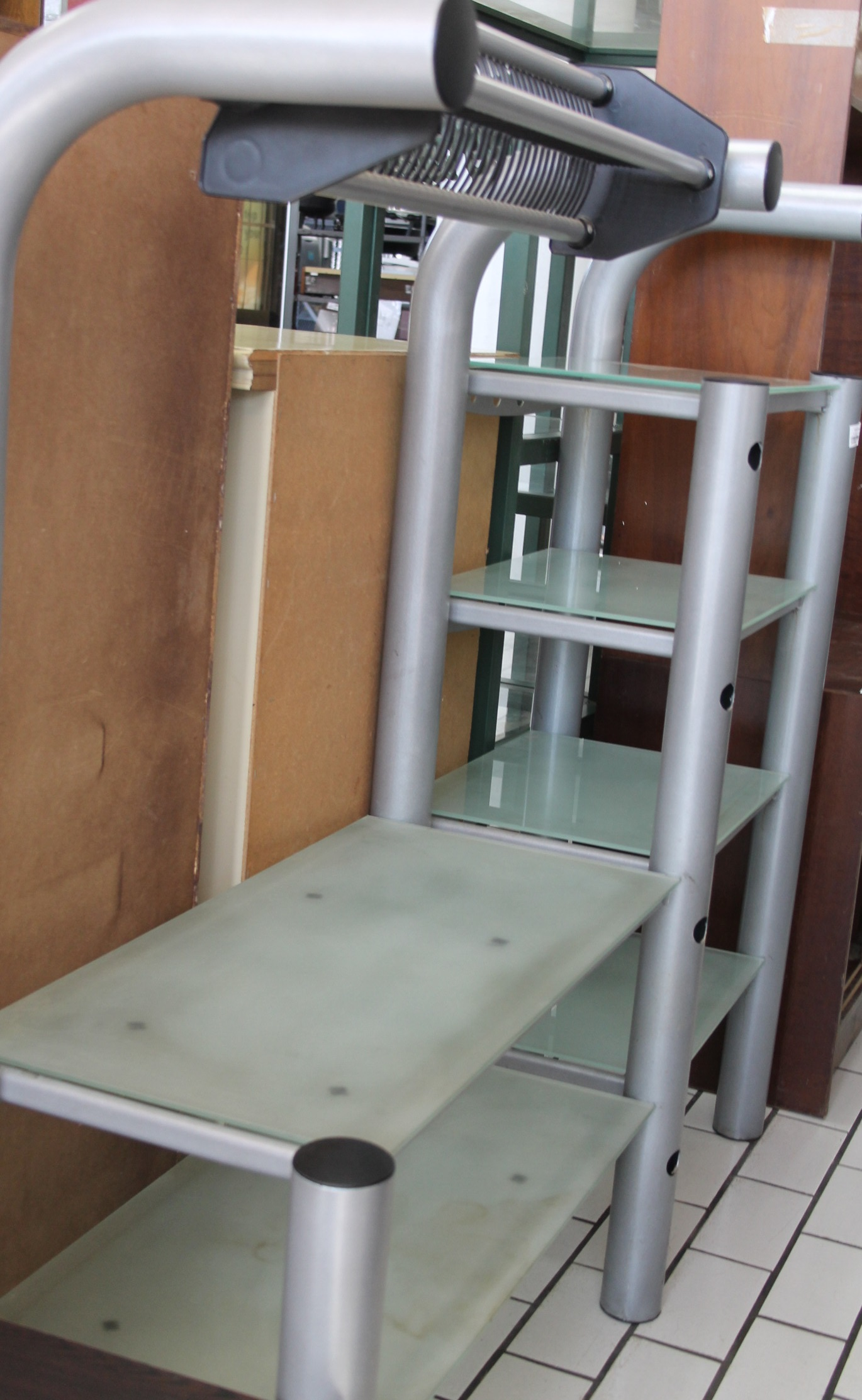 S035502A Silver tv stand with glass #Rosettenvillepawnshop