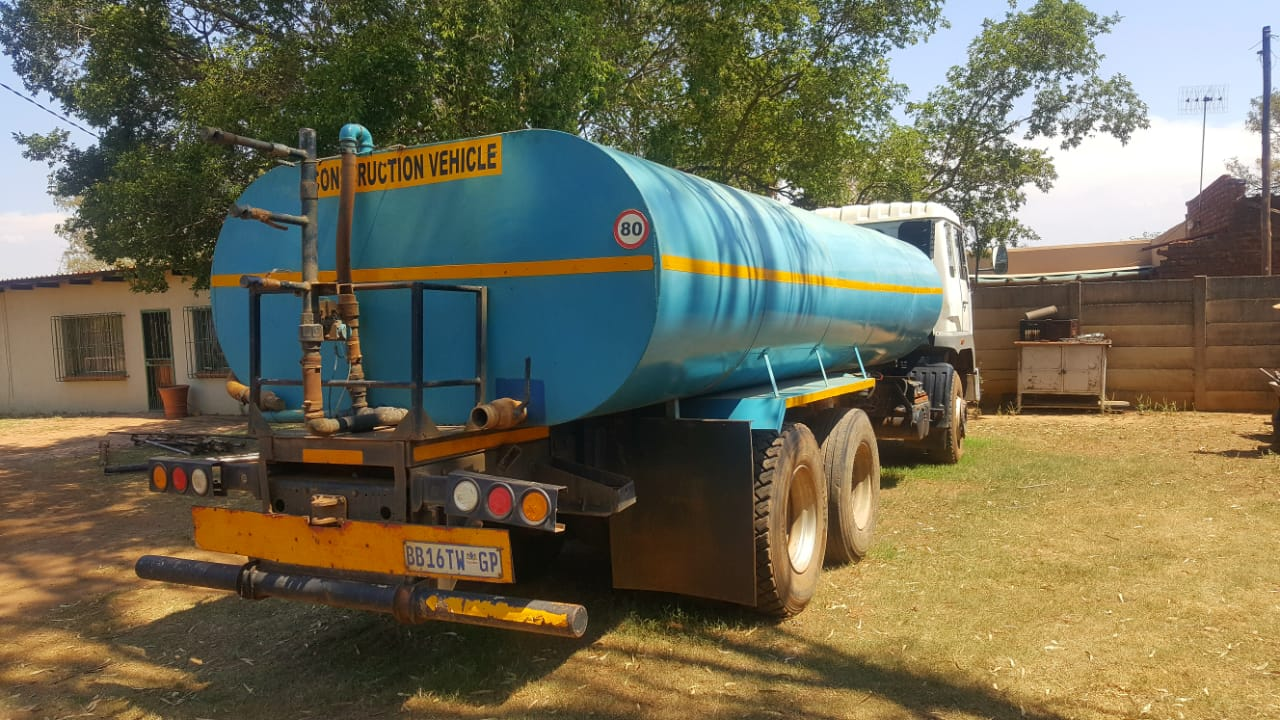 MAN 16000 liter water truck / bowser WITH current work