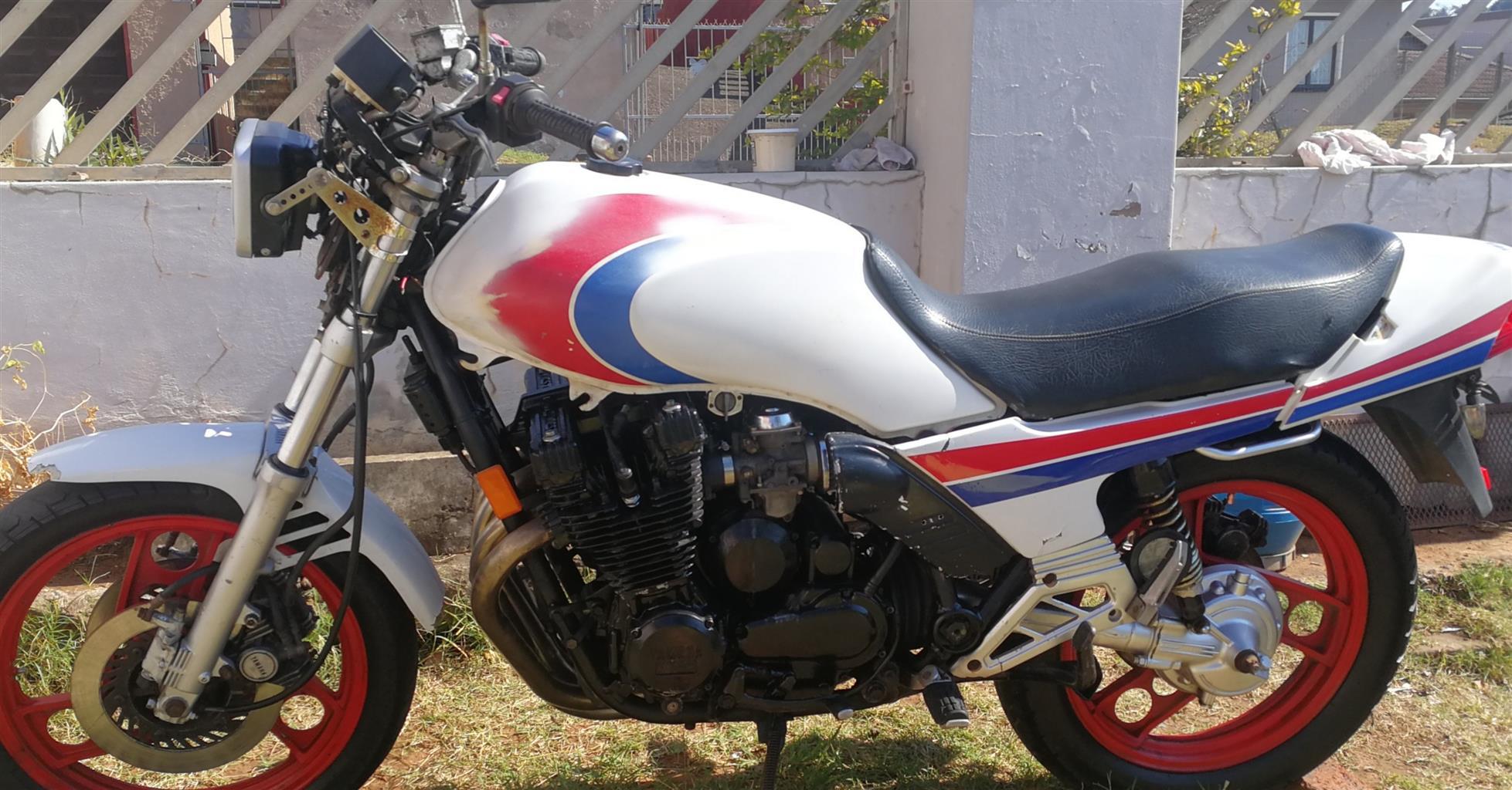 Yamaha xj 900cc