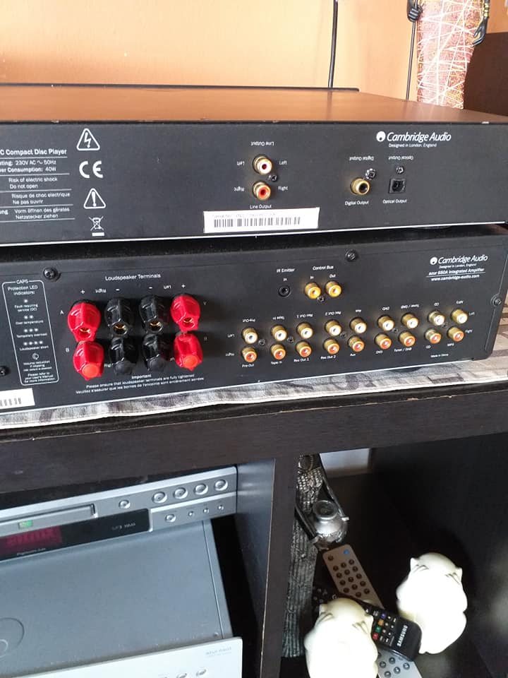 Cambridge amplifier and CD player