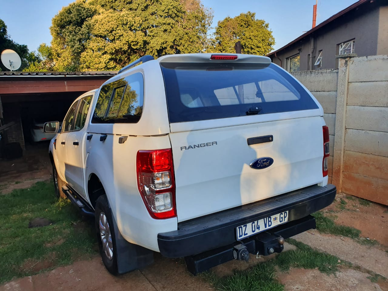 BRAND NEW GC GALAXY FORD RANGER T6 DC BAKKIE CANOPY FOR SALE!!!!!!!!!!!!!!!