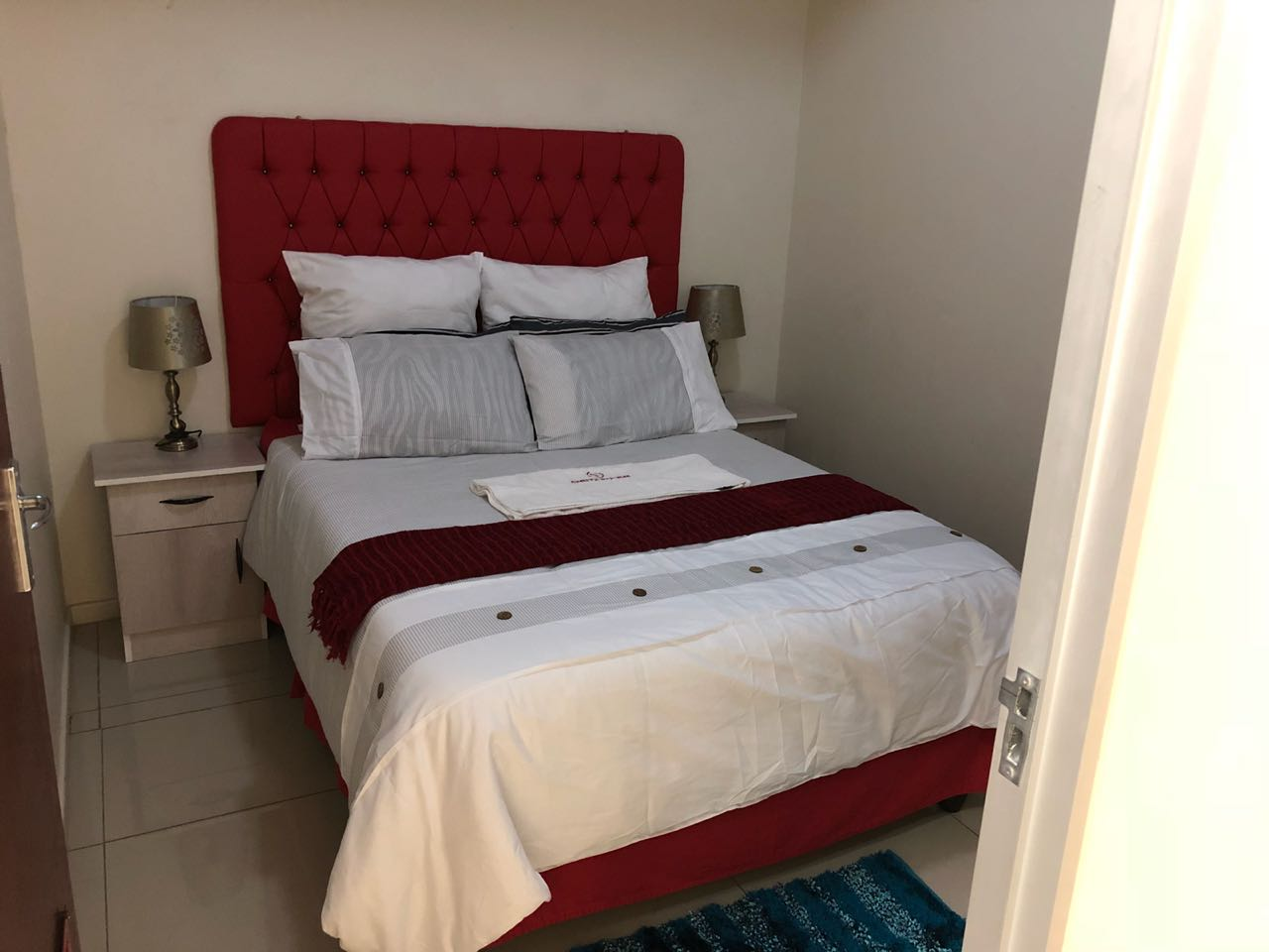 BELLVILLE SLEEP&GO is a budget lodge offering short term accommodation services in Cape Town.
