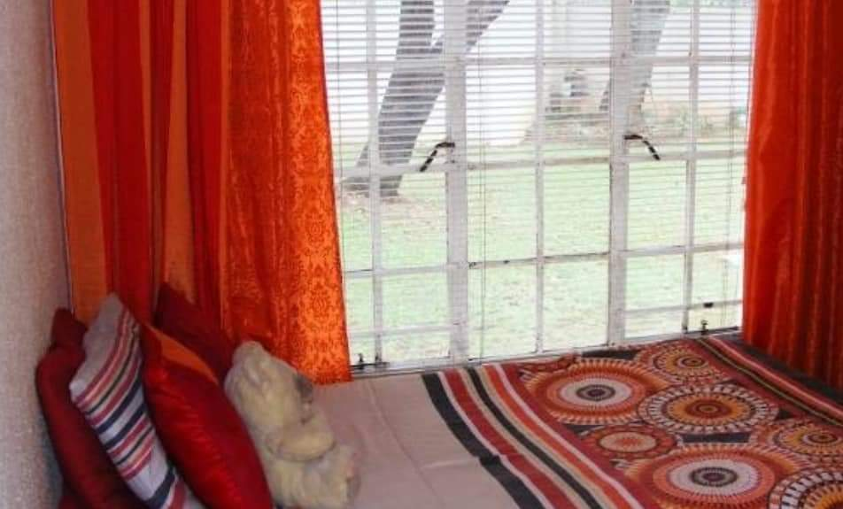 Three bedroom unit Faerie Glen