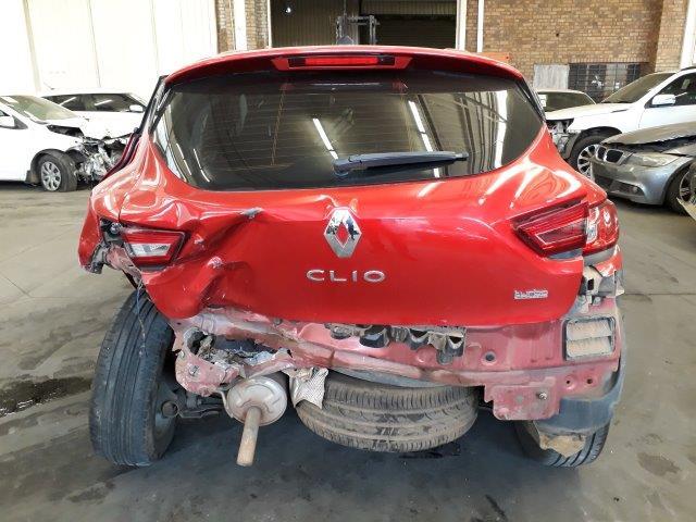 2014 Renault Clio 1.4 Expression 3 door Code 2