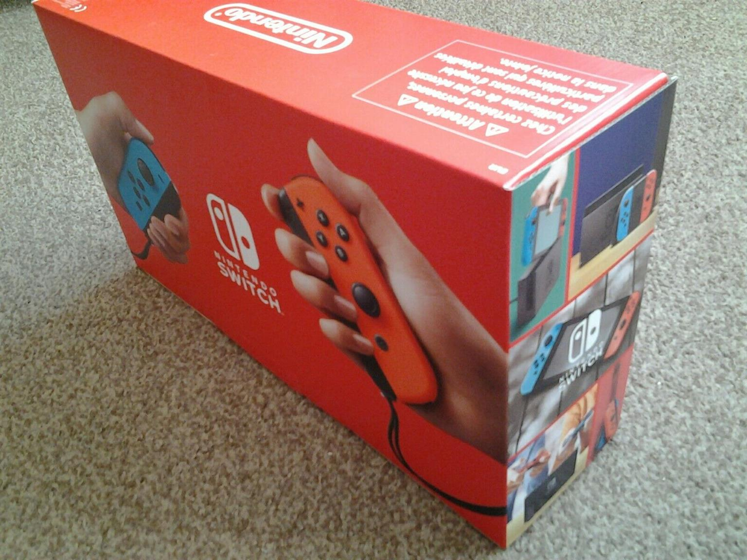 NINTENDO SWITCH CONSOLE BUNDLE (New Version) BRAND NEW