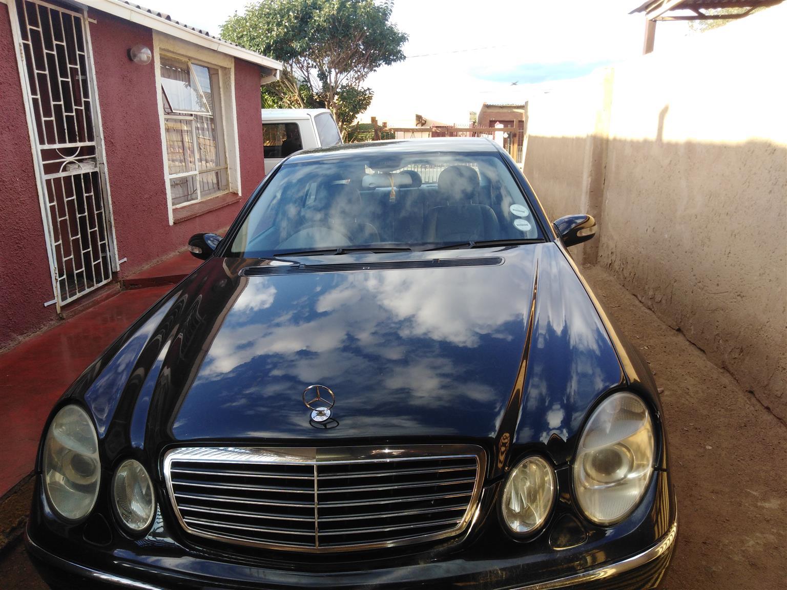 2005 Mercedes Benz 200E