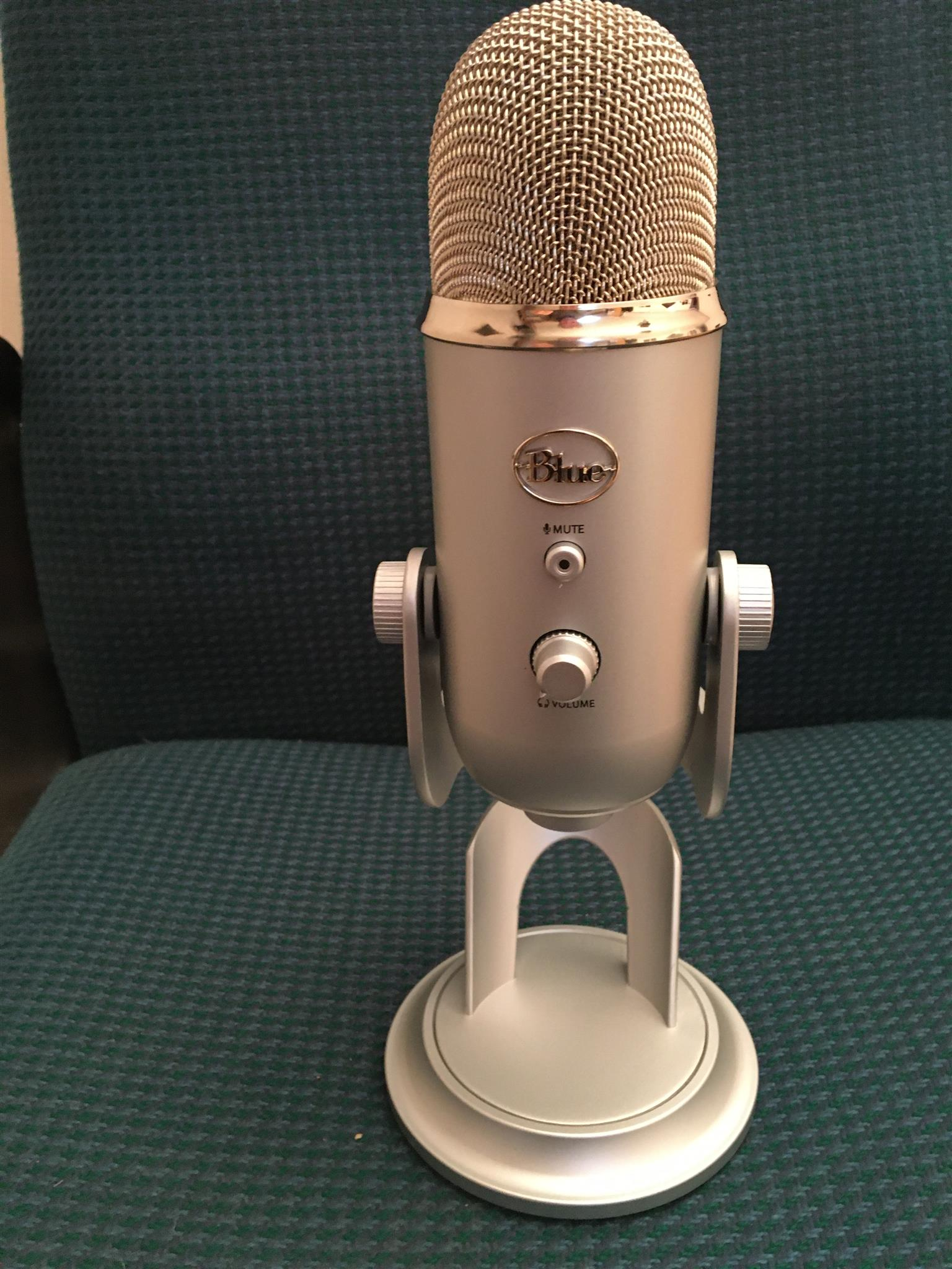 yeti blue the ultimate usb professional microphone junk mail