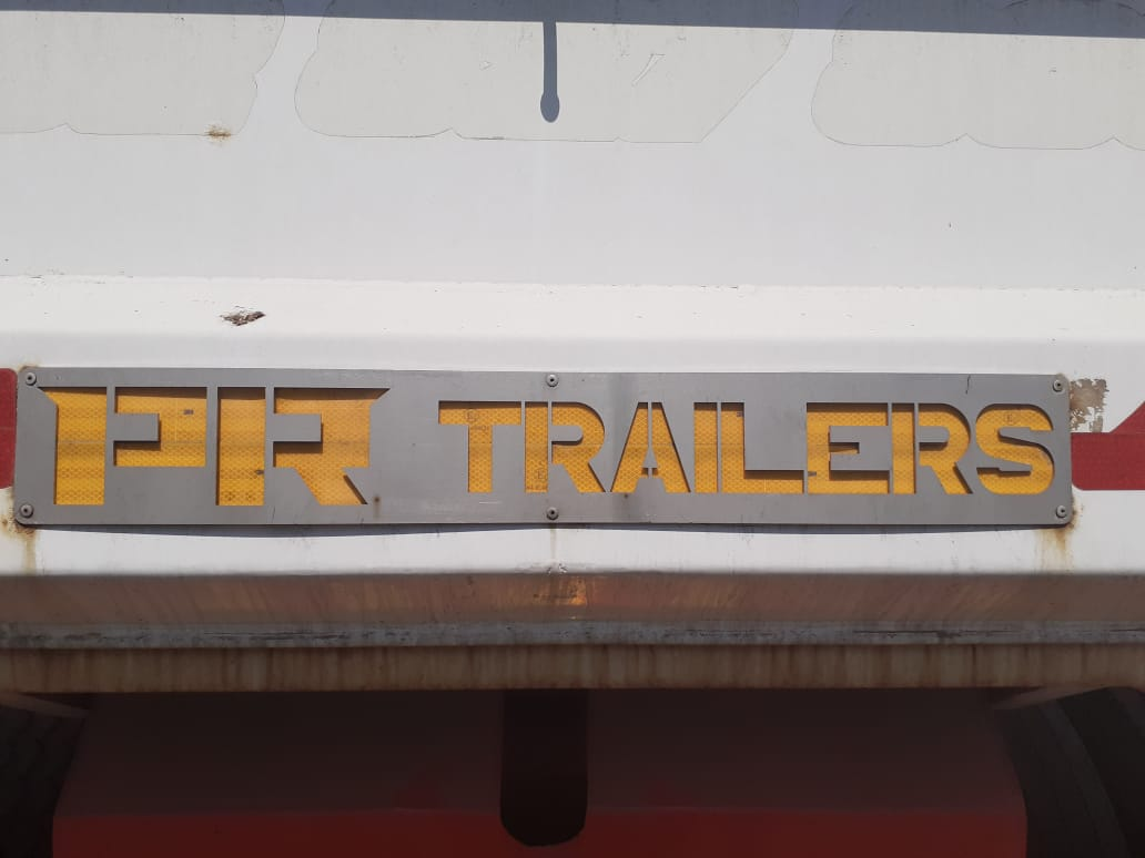 Used 2017 PR Trailers Tri Axle End Tip Trailer for sale
