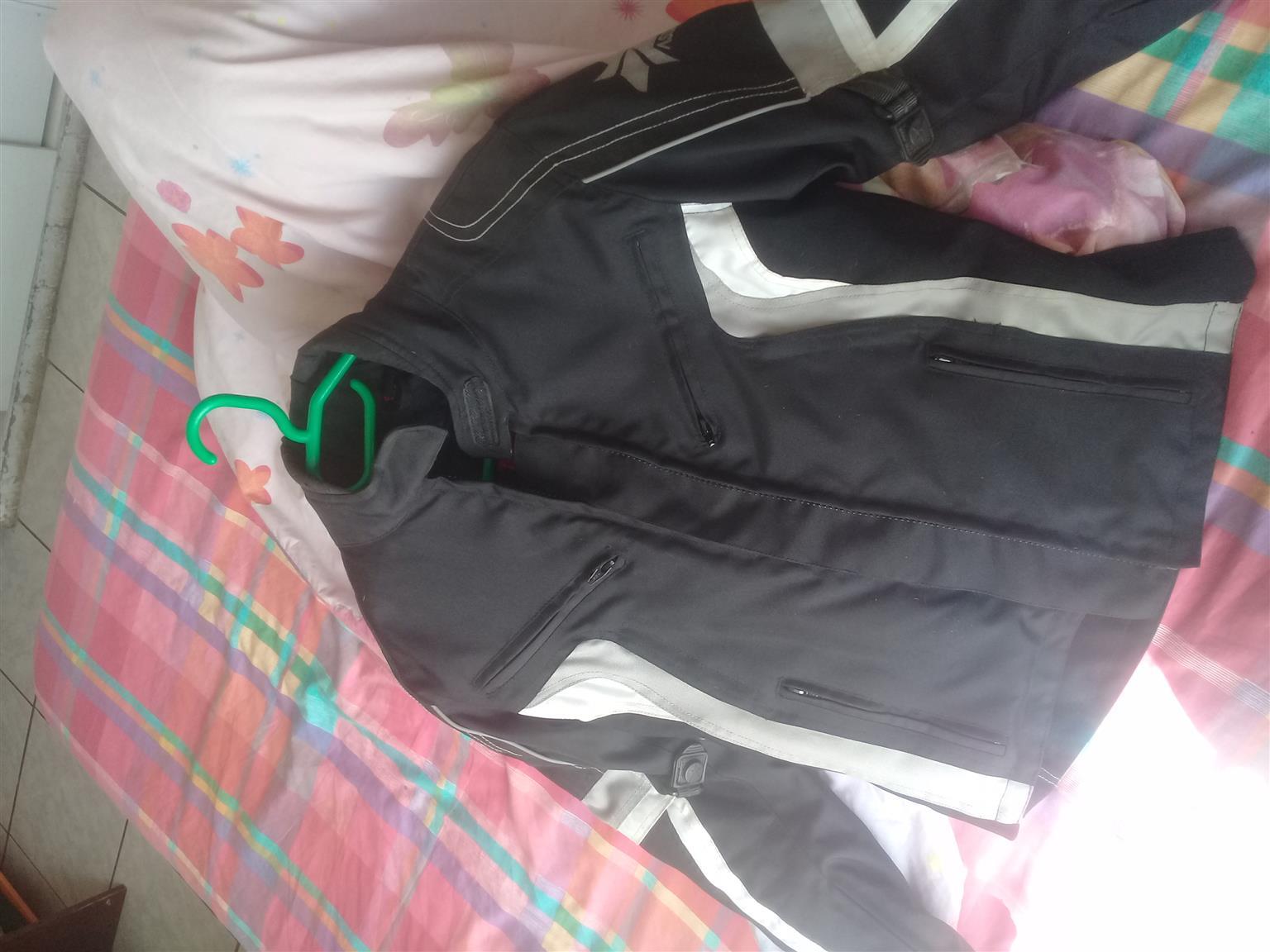 ASSAULT womans bike jacket
