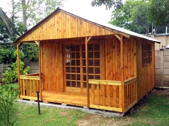 3x4 Wendy house