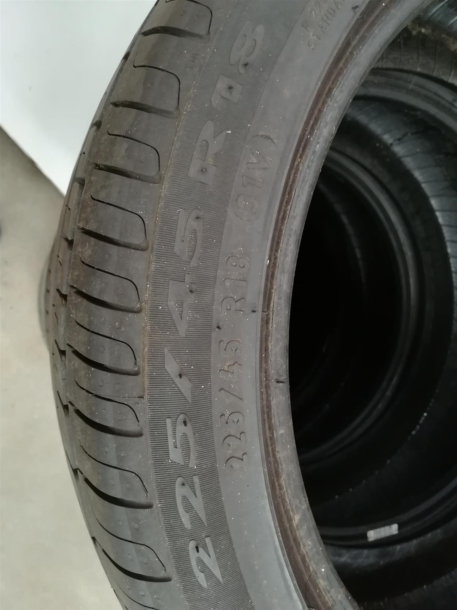 Pirelli run flat tyres