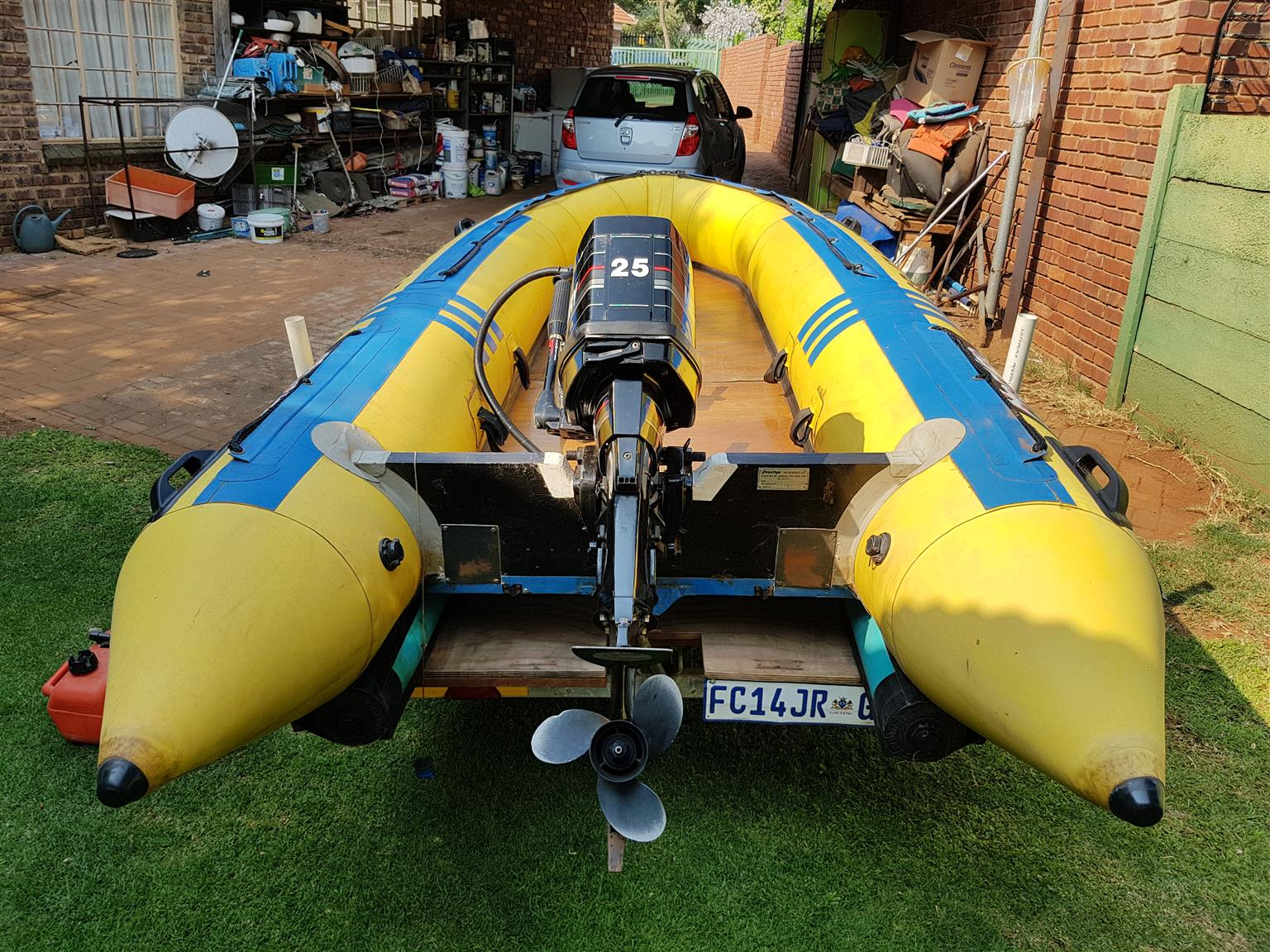Perfect fishing boat: Rubber duck with engine