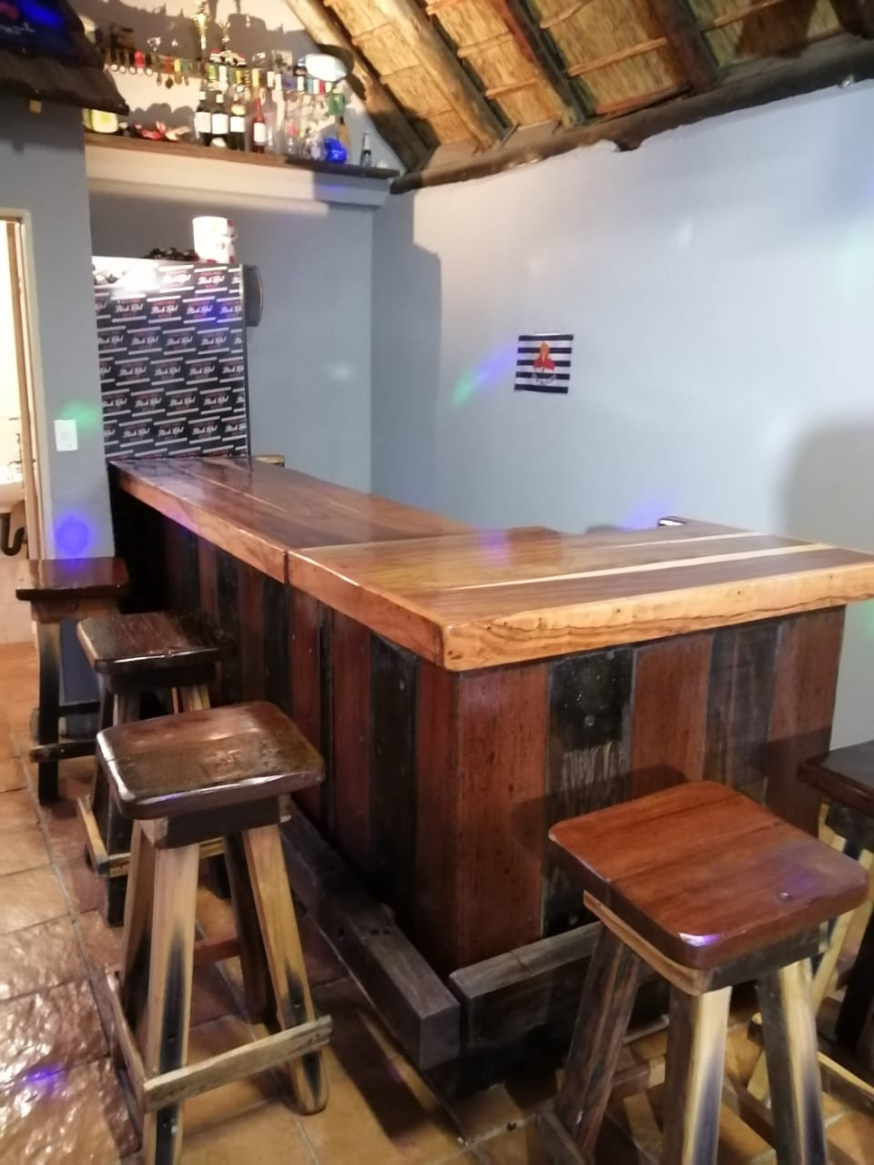 Plat bar met voetrest en 7stoele
