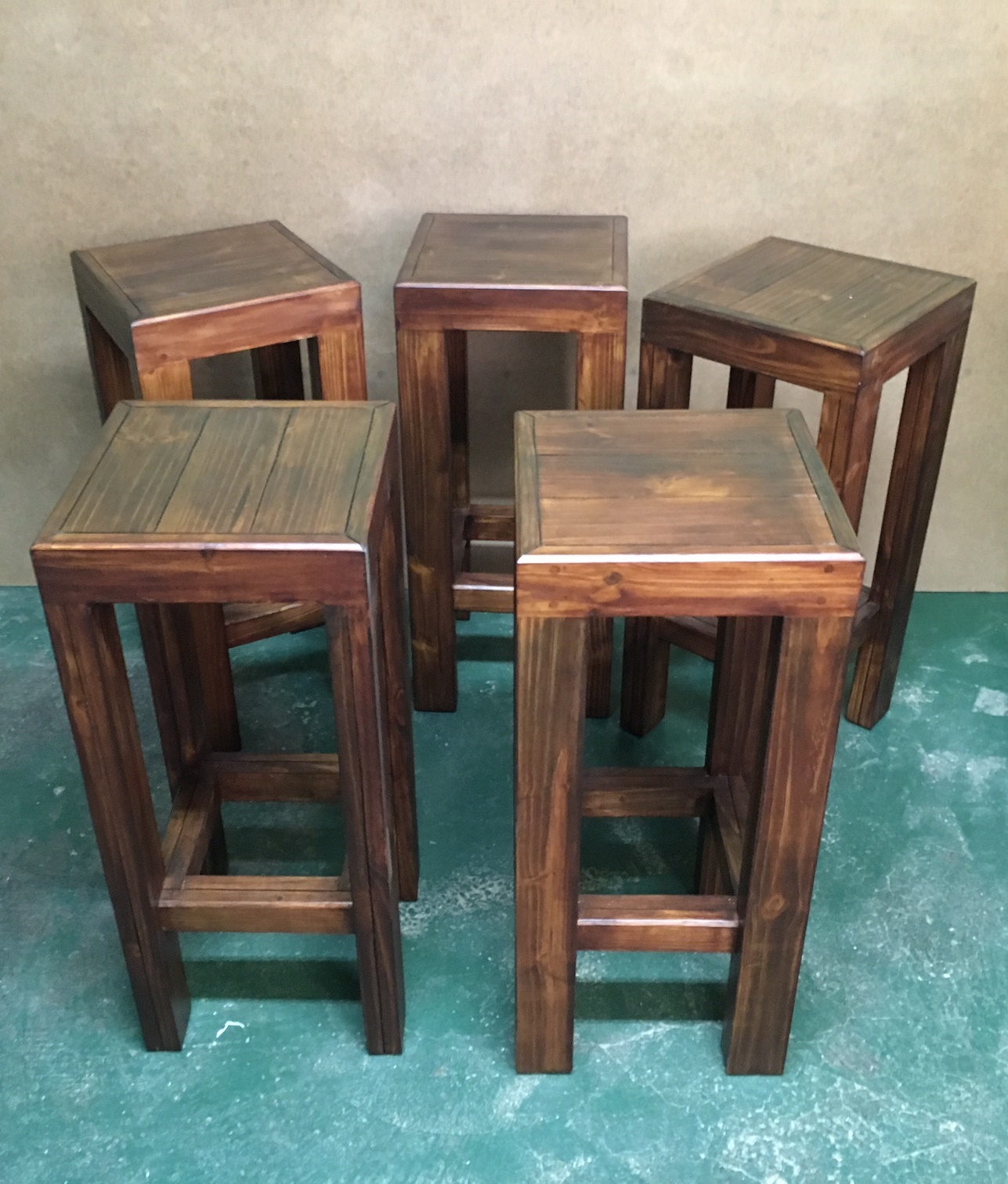 Bar stool Farmhouse series 350 square - Stained